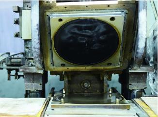 ターンテーブル専用ゴム製造機